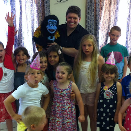 Kimmo children's entertainer at a party with children