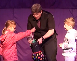 children's entertainment in sheffield - Kimmo with 2 helpers